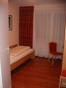 Zimmer 48