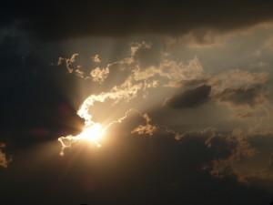 Sonne hinter Wolken 3